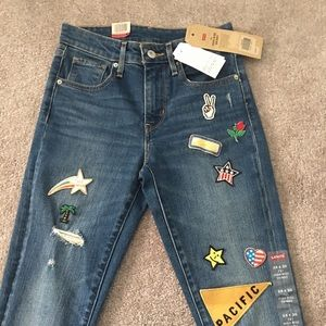 Levi's Jeans - NWT Levi's 721 High Rise Skinny Jeans with Patches